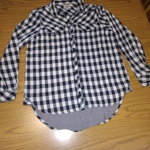 Ladies long sleeve size medium top